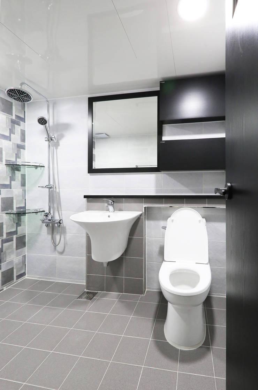중흥마을 37평 : 금화 인테리어 의  욕실