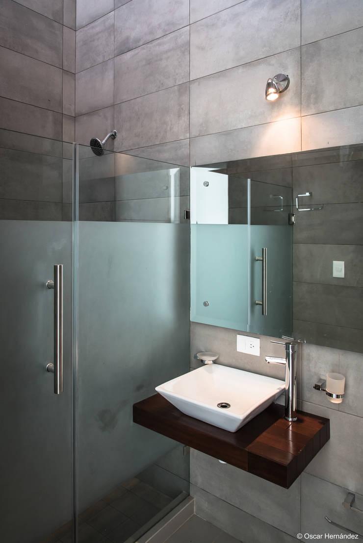 CASA MAYOR / BJG:  de estilo  por Oscar Hernández - Fotografía de Arquitectura