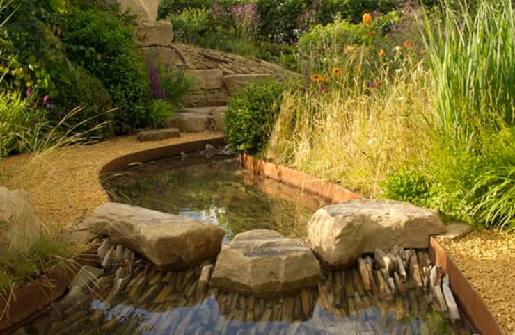 RHS Zoflora: Outstanding Natural Beauty.: country Garden by Elks-Smith Landscape and Garden Design