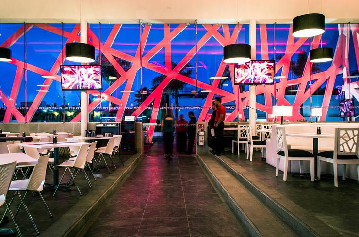 KOI / GRUPO SPAZIO:  de estilo  por Oscar Hernández - Fotografía de Arquitectura