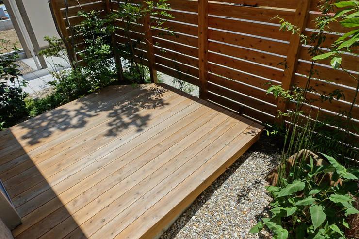 de style  par T's Garden Square Co.,Ltd., Asiatique