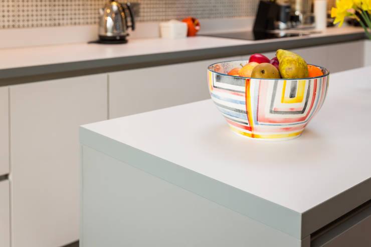 Cocinas de estilo moderno por Eco German Kitchens