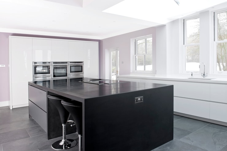 Danbury - Chelmsford - Essex:  Kitchen by en masse bespoke