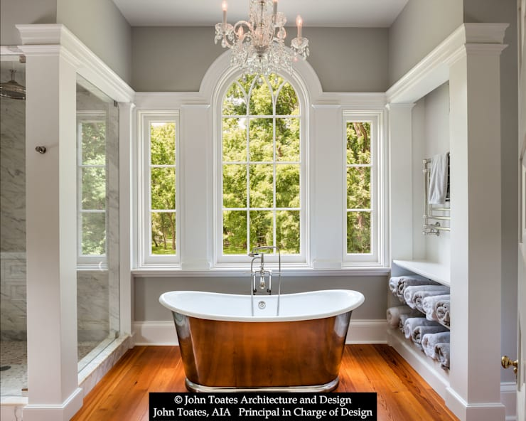 Master Bathroom:  Bathroom by John Toates Architecture and Design