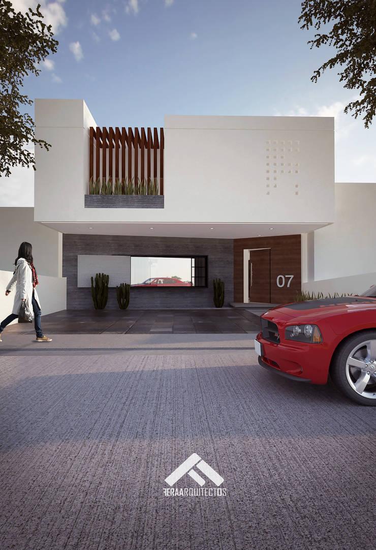 FACHADA PRINCIPAL: Casas de estilo  por FERAARQUITECTOS