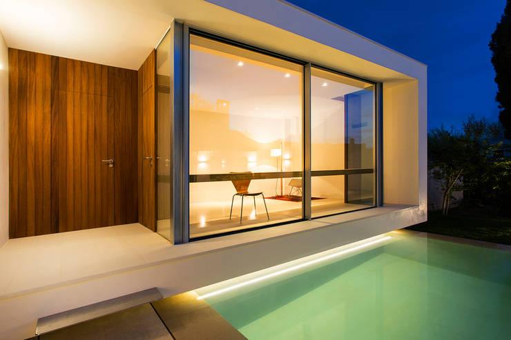 Terraços  por Joan Miquel Segui Arquitecte