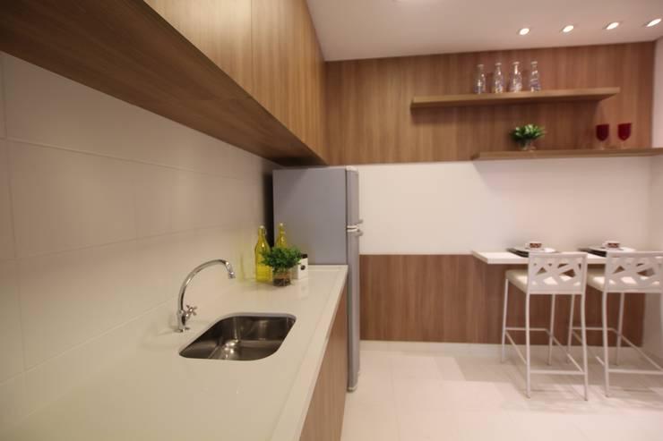 モダンな キッチン の Pricila Dalzochio Arquitetura e Interiores モダン 木 木目調