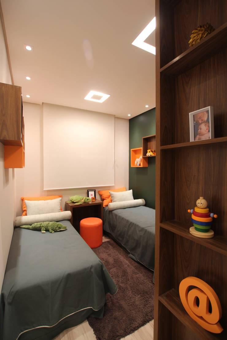 Habitaciones para niños de estilo moderno de Pricila Dalzochio Arquitetura e Interiores Moderno