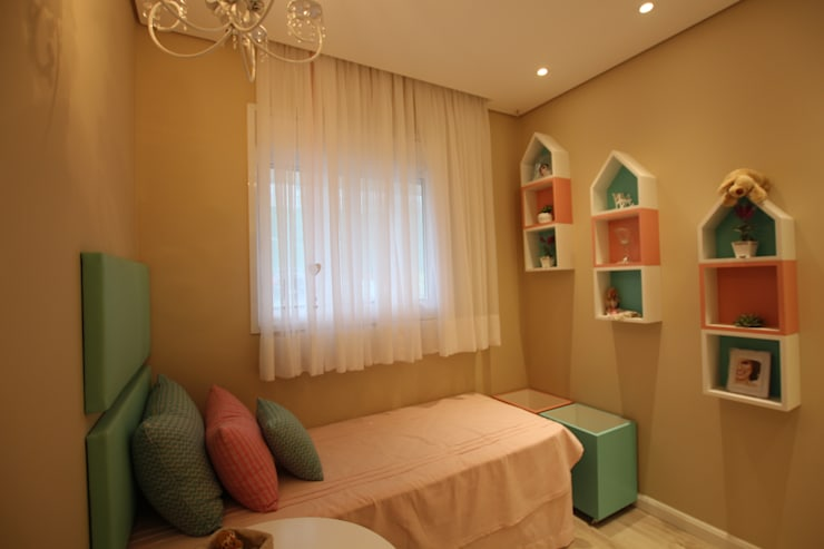 Nowoczesny pokój dziecięcy od Pricila Dalzochio Arquitetura e Interiores Nowoczesny