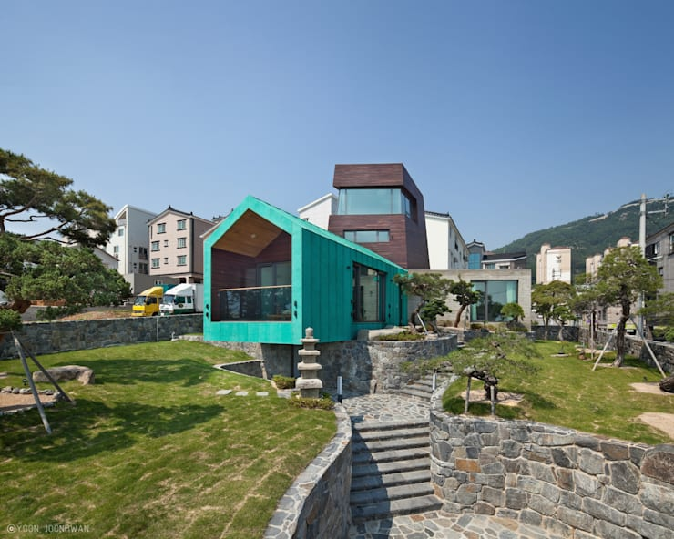 TOWER HOUSE: ON ARCHITECTURE INC.의  정원,