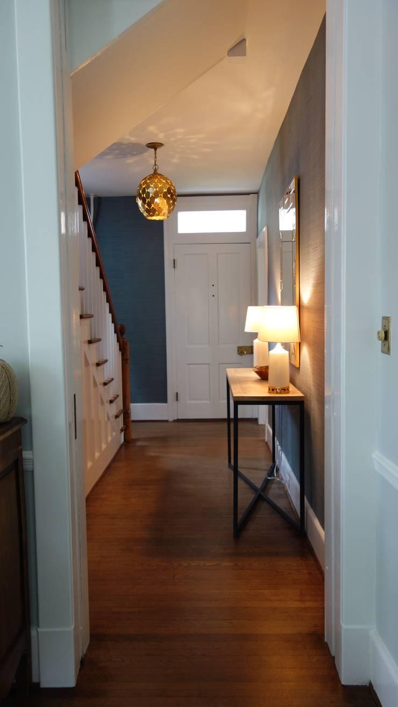 32:  Corridor, hallway & stairs by Nest Interior Decor