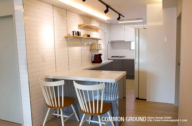 Кухни в . Автор – 커먼그라운드