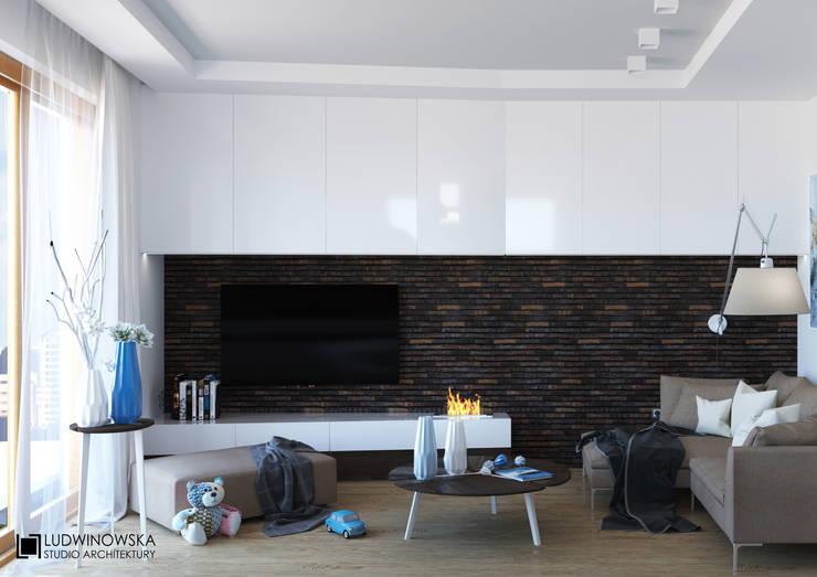 BLISKO NIEBA: styl , w kategorii Salon zaprojektowany przez Ludwinowska Studio Architektury
