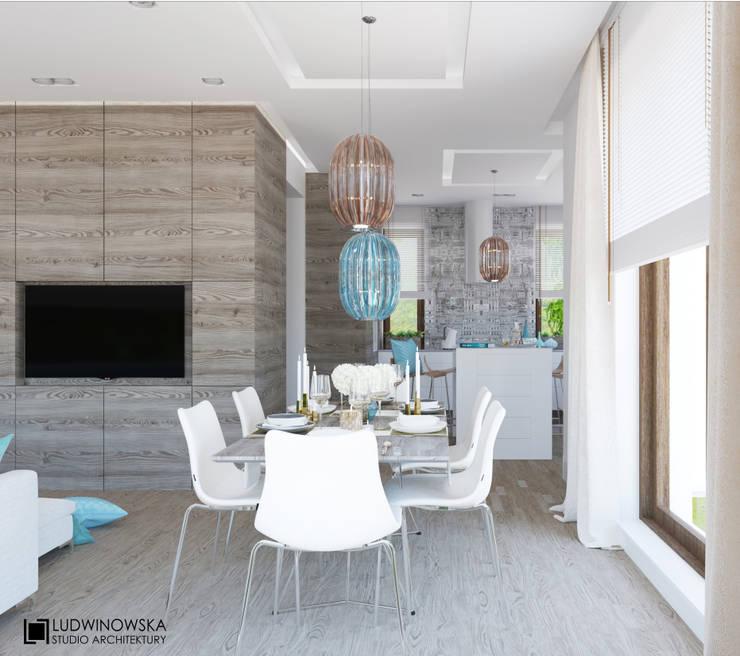 TURQUISE: styl , w kategorii Jadalnia zaprojektowany przez Ludwinowska Studio Architektury