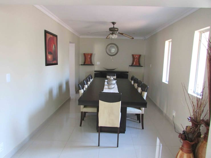 Dining room by DG Construction