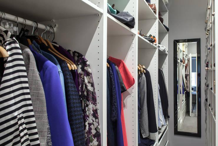 CALABRIA ROAD: modern Dressing room by Nic  Antony Architects Ltd