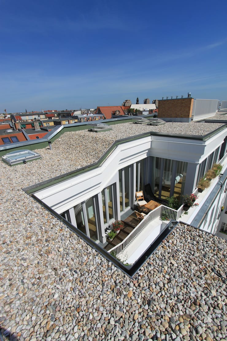 rooftop view:  Houses by brandt+simon architekten