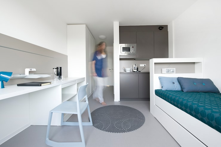 Apartment Modern Bedroom by INpuls Modern