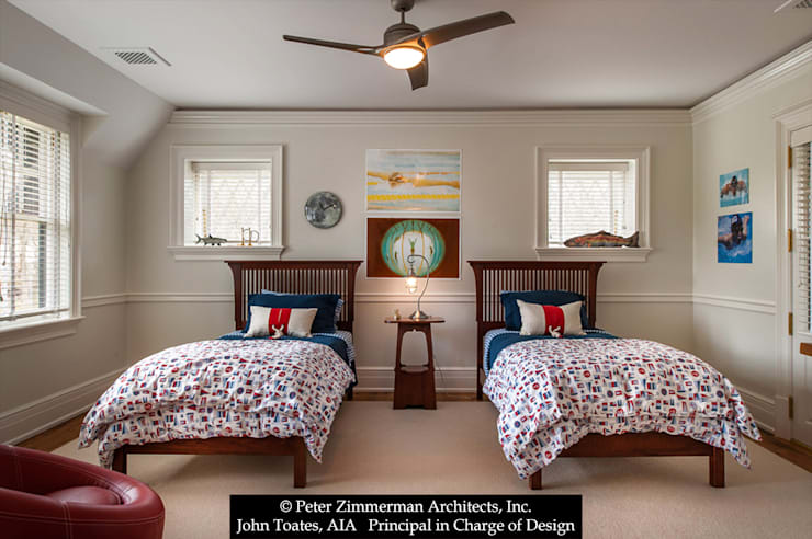 Children's Bedroom:  Bedroom by John Toates Architecture and Design