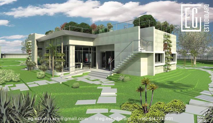 VistaLateral posterior. Oficina Experience Center. 2015: Casas de estilo  por Eisen Arquitecto