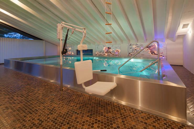Spa de estilo  por Hesselbach GmbH