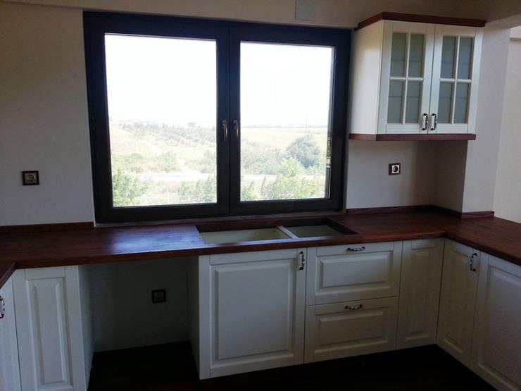 Erim Mobilya  – Mutfak Dolabı: kırsal tarz tarz Mutfak