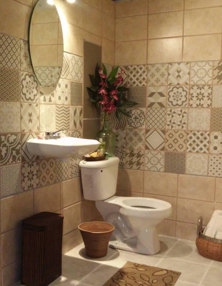 Diseño de baño estilo Vintage:  de estilo  por Escay Soluciones