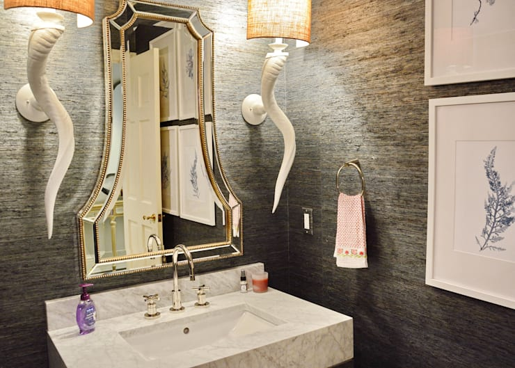 Cherry Hills Charmer:  Bathroom by Andrea Schumacher Interiors
