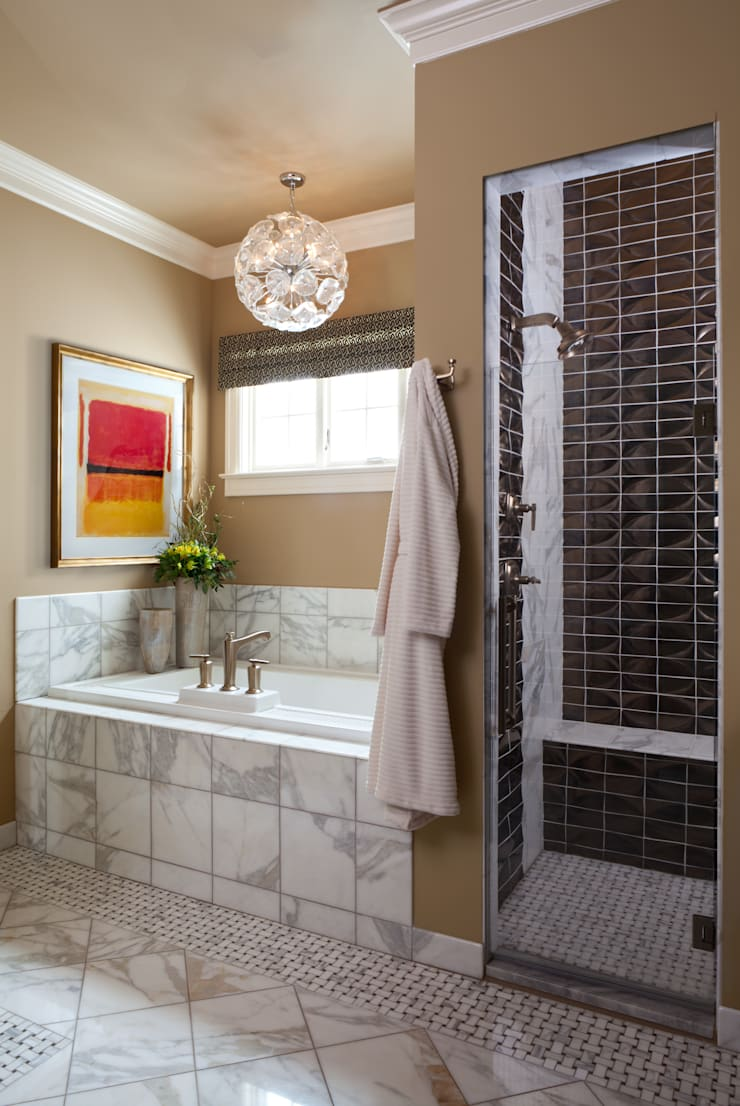 Supremely Sophisticated: classic Bathroom by Andrea Schumacher Interiors