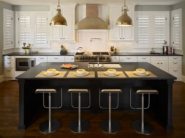 Cherry Creek Home:  Kitchen by Andrea Schumacher Interiors