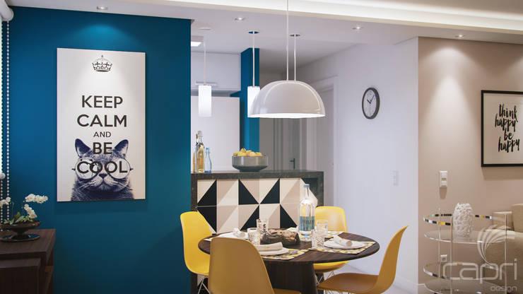 Apartamento pequeno, grande reforma: Salas de jantar  por Lúcia Vale Interiores