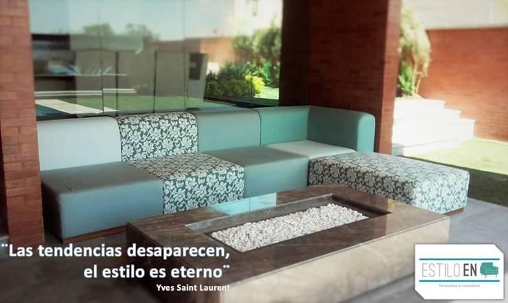 Balconies, verandas & terraces  by Estilo en muebles