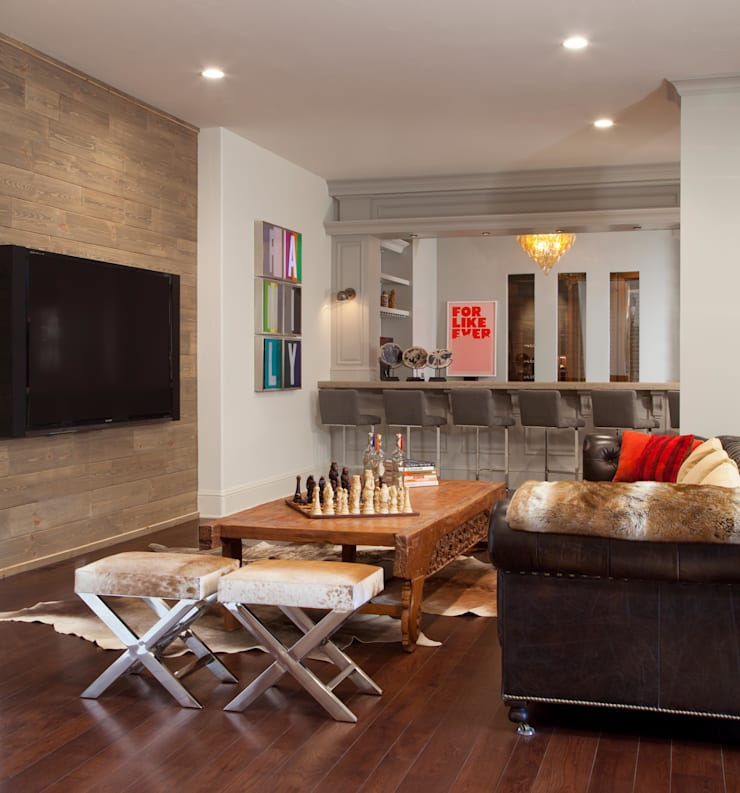 Buell Mansion Remix: classic Media room by Andrea Schumacher Interiors