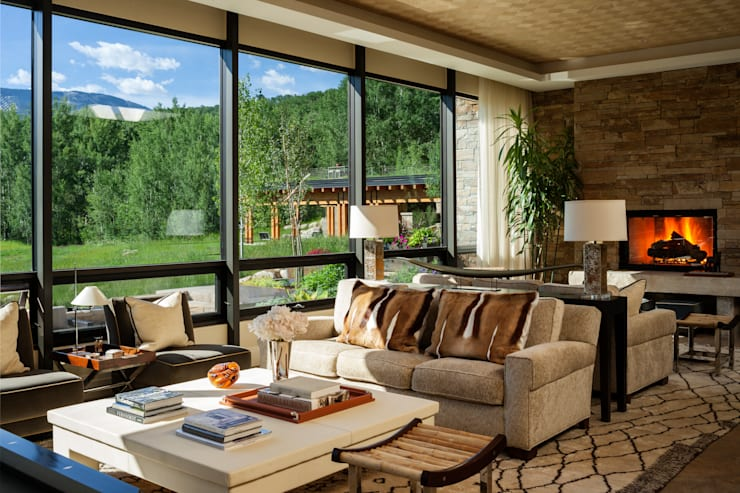 Vail Valley Retreat:  Living room by Andrea Schumacher Interiors