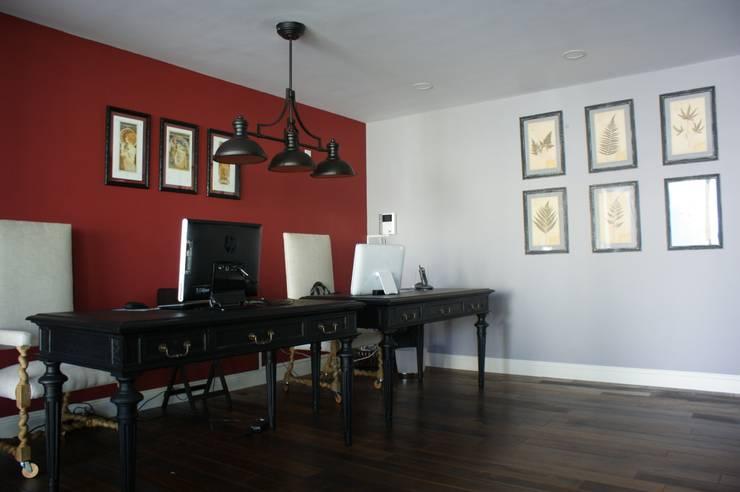 CASA VINTAGE ARQUIMIA ARQUITECTOS: Estudios y oficinas de estilo  por Arquimia Arquitectos
