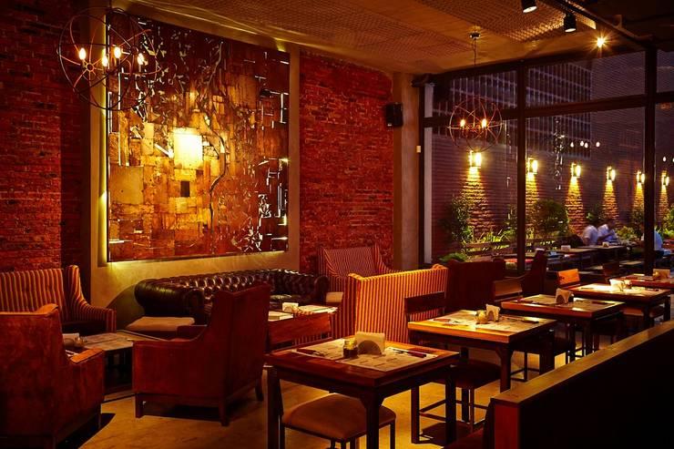 Cervecería   HIDALGO: Bares y Clubs de estilo  por G7 Grupo Creativo