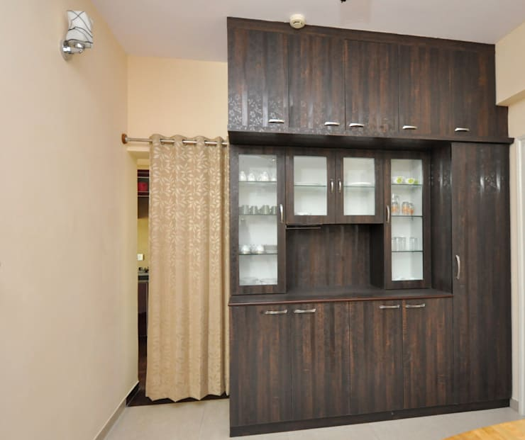 Residential Interior Project at Sarakki, Bangalore:  Dining room by Kriyartive Interior Design