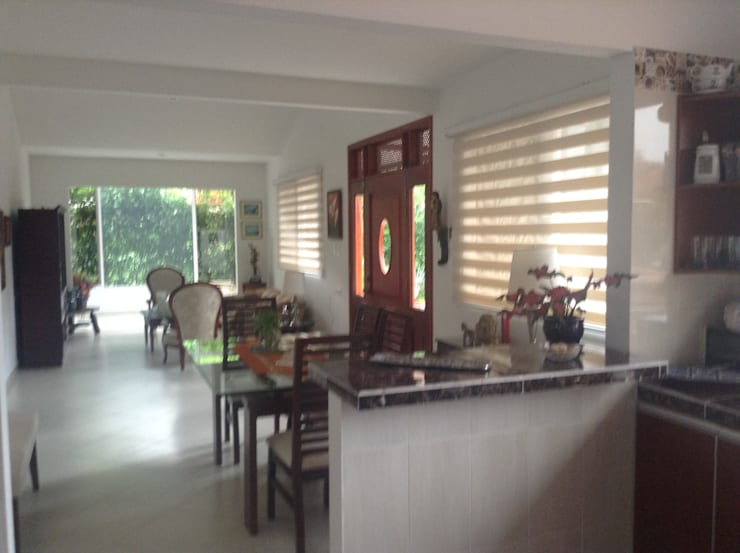 Casa Patricia R. - comedor - sala Cocinas modernas de ARQUITECTOnico Moderno