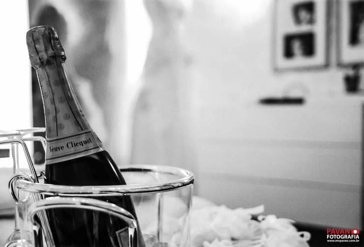 Casa Cor | Quarto da noiva: Quarto  por Pavan Fotografia | Marcus Vinicius Pavan