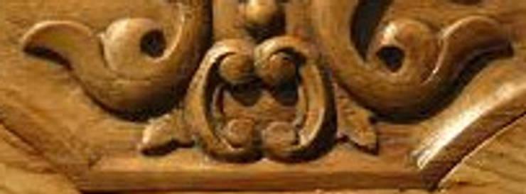 CARPINTERO EBANISTA EXPERTO:  de estilo  por CARPINTERIA Y EBANISTERIA