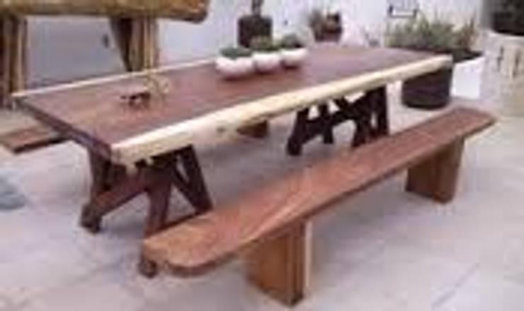 MESA CON BANCA AMBOS DE PAROTA: Comedor de estilo  por woodlosophy