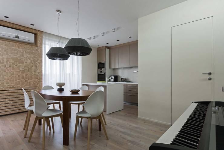Dining room by EUGENE MESHCHERUK   |  architecture & interiors