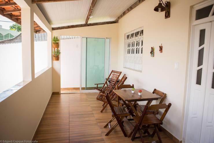 Patios by P2 Arquitetos Associados