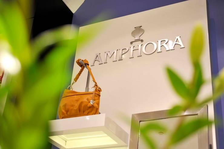 TIENDAS  AMPHORA : Espacios comerciales de estilo  por 3 DECO