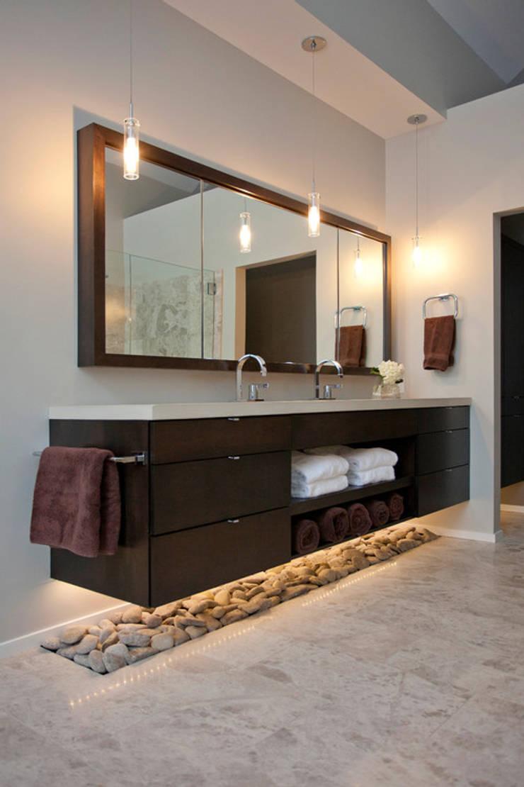 BAÑO LAS LAGUNAS - LA MOLINA: Baños de estilo  por 3 DECO