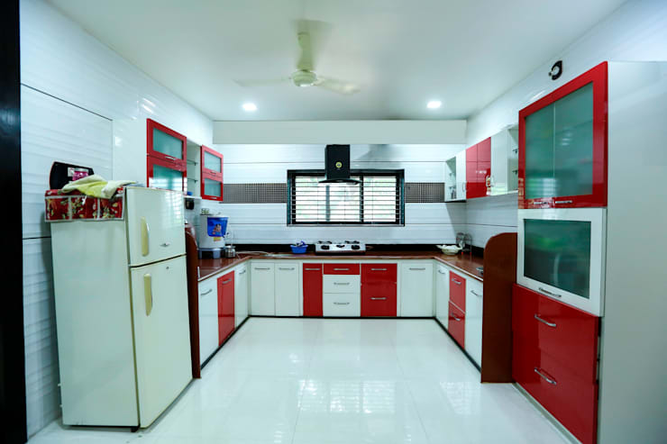 Modular Kitchen: modern Kitchen by ZEAL Arch Designs