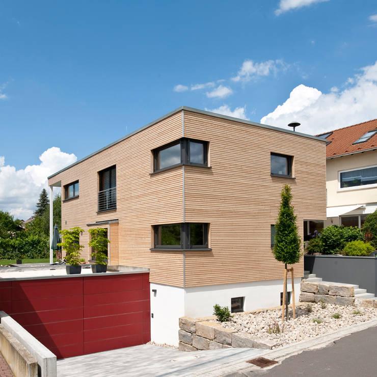 moderne Huizen door KitzlingerHaus GmbH & Co. KG