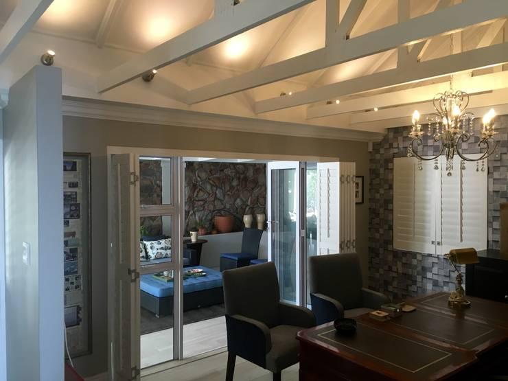 De Kelders Residence Hermanus Western Cape:  Study/office by CS DESIGN