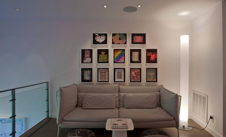 Phòng học/Văn phòng by Hinson Design Group