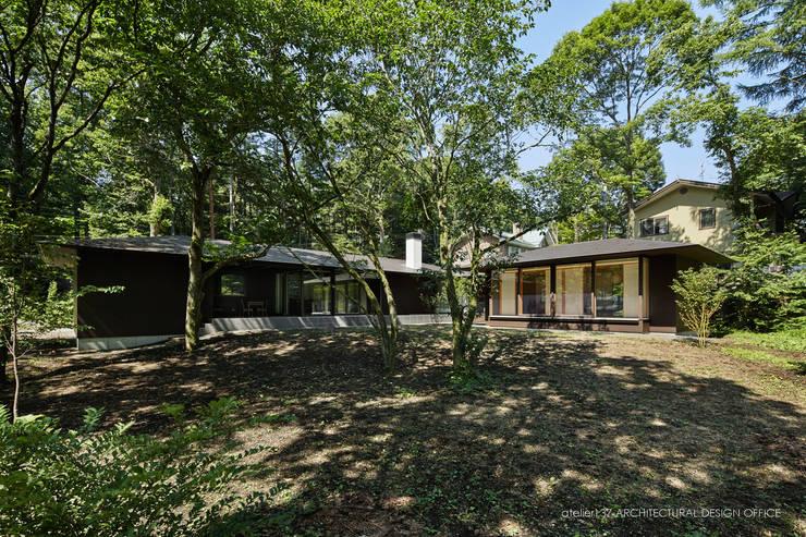 外観~041軽井沢Mさんの家: atelier137 ARCHITECTURAL DESIGN OFFICEが手掛けた家です。,モダン 鉄/鋼